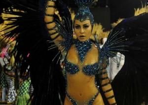 Sabrina Sato al carnaval di Rio 2013